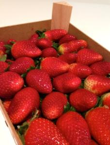 Estaban buenísimas estas fresas. Las compré en el mercadillo de Santa Brígida